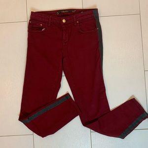 👖3/$25 Burgundy LARA Women Slim Fit Jeans